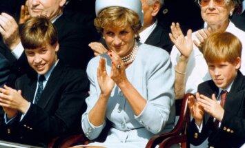 Princesė Diana su sūnumis princu Viljamu ir princu Henriu