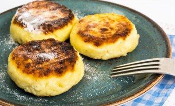 Šie pusryčiai patiks ir mažiems, ir dideliems: orkaitėje kepti varškėčiai