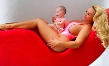 Coco Austin su dukrele