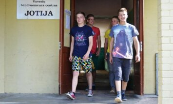 Broliai Vaičiūnai lyderiavo šaškių ir pulo turnyruose