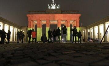 Brandenburgo vartai antradienį nušviesti Vokietijos vėliavos spalvomis