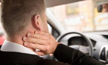 Vyrui skauda kaklą