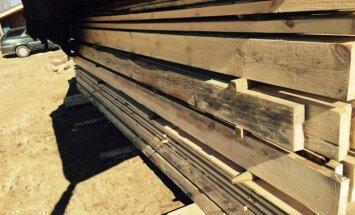 Verslas galvoja, kaip tausoti medieną