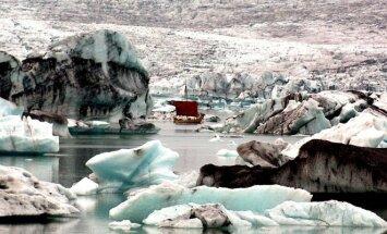 Vikingų laivas Iselndingurrin Islandijos Jokulslonno įlankoje