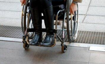 Pusė europiečių mano, kad Europoje su žmonių, turinčių negalią, diskriminacija kovojama vis sėkmingiau