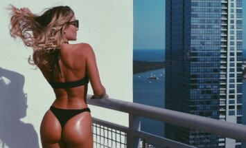 Cassi Davis
