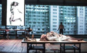 Belgų režisieriaus Ivo van Hove spektaklis The Fountainhead