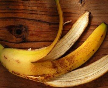 Neišmeskite banano žievės: ji naudinga širdžiai, virškinimui ir geram regėjimui