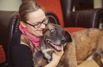 Seną kaimo kiemsargį Aida įsileido į butą Vilniuje: parodė, kuo tai baigėsi