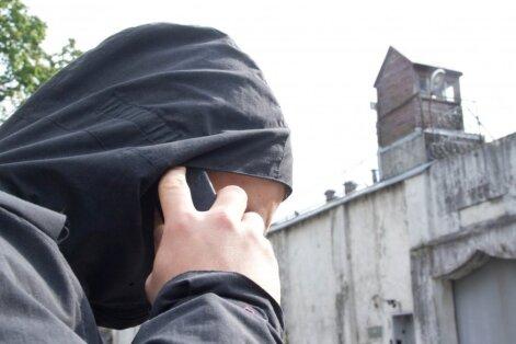 Policija pateikė telefoninių sukčių pokalbio įrašą – apgavikai kalba labai įtikinamai