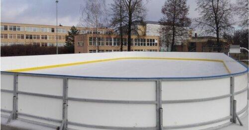 Molėtuose atidaryta čiuožykla