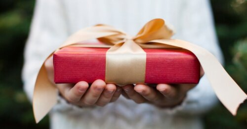 Stilistės pasirinkimas: TOP 7 dovanos moterims, su kuriomis neprašausite