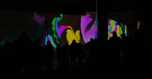 Vilniečiai ir miesto svečiai grožisi šviesų festivaliu