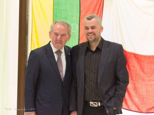 Lietuvos generalinis konsulas Maltoje Tony Zahra ir Lietuvos prekybos rūmų Maltoje prezidentas Tomas Mikalauskas