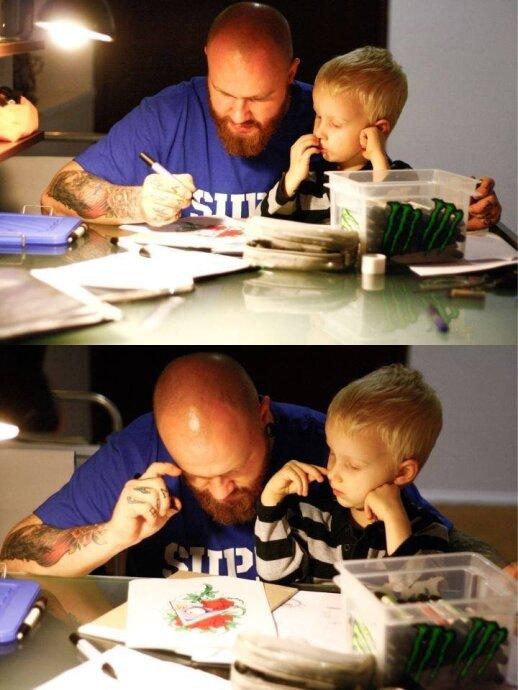 Tatuiruočių meistras Ernestas Narkevičius su sūneliu