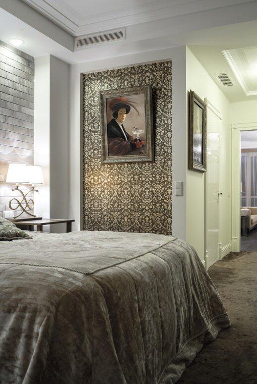 Prabangos kultas 160 kv.m apartamentuose, kuriuose karaliauja vienas vyras