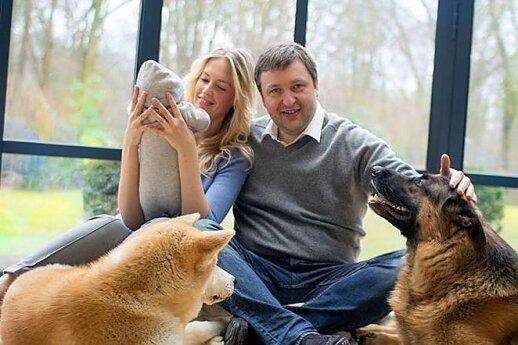 Antanas Guoga su šeima