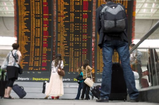 Prancūzijos oro uostuose anuliuoti tūkstančiai skrydžių