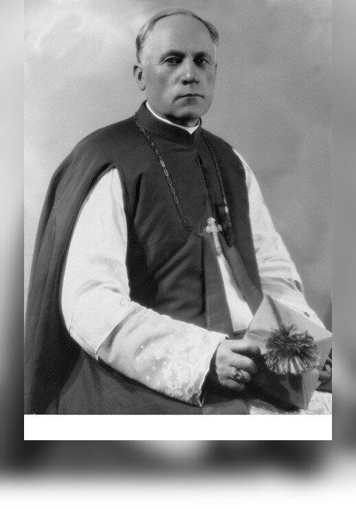 Vyskupas Teofilius  Matulionis (1935)