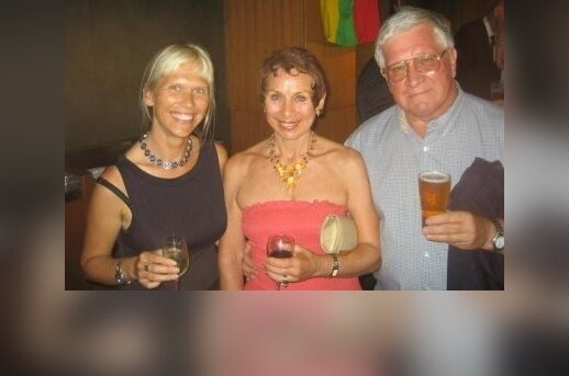 Fiona Katauskas (left) with a friend (middle) and her father Donatas (right) at an Independence Day celebration at New South Wales Parliament House.