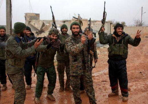 Karinė kampanija Sirijoje įgauna vis naujas apsukas: daugelis bijo, kad tai gali panašėti į Trečiąjį pasaulinį karą