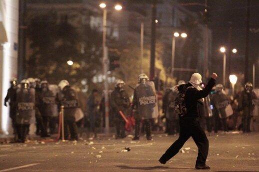 Atėnuose kilo riaušės