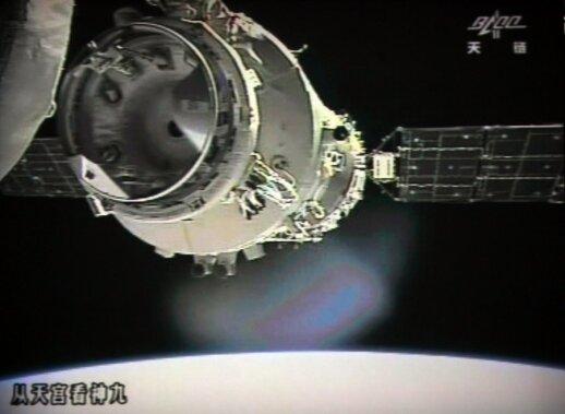 """Kinų kosminis modulis """"Tiangong-1"""""""