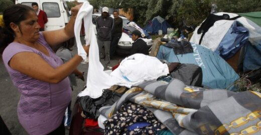 Italija iškrausto romus nelaukdama EP balsavimo