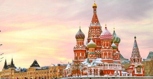 Visgi išdrįso: ES vadovai stabdo derybas dėl bevizio režimo su Rusija ir taikys sankcijas