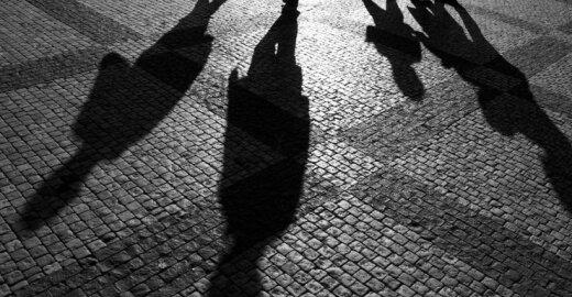 Sukurtas planas, kaip kovoti su šešėline bankininkyste