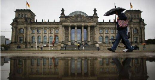 ES valdžia iš Briuselio keliasi į Berlyną
