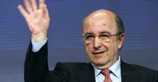"""ES komisaras: kūrybos platinimo internete rinka dėl savo neveiksnumo yra """"gėdinga"""""""