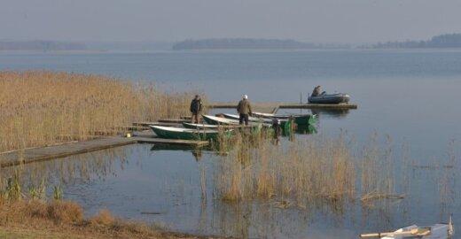 Žvejų rojuje vykdomi įžuvinimo darbai