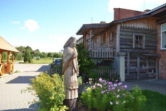 Punios Panemunės dzūko pirkia (Alytaus turizmo informacijos centro nuotr,)