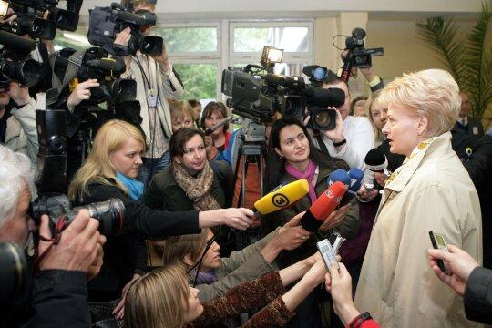 Dalia Grybauskaitė ir reporteriai