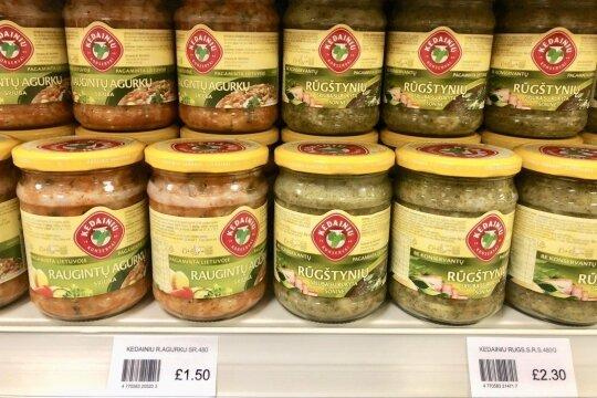 Kainos Airijoje, lietuviškų prekių parduotuvėje (eurais)