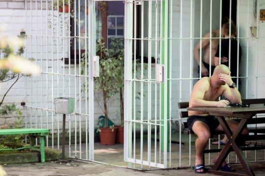 """<span style=""""color: #ff0000;"""">Pravieniškių mafija.</span> """"Kaifo"""" zona ir skandalas, kurio po """"Jūros šventės"""" siekė kaliniai"""