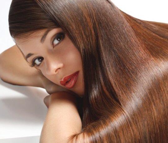 Naujausiomis technologijomis galima ne tik sustabdyti plikimą, bet ir atauginti plaukus