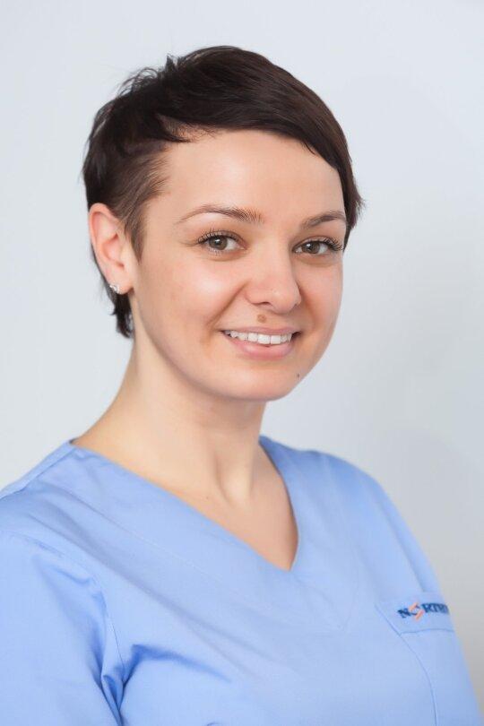 "Medicinos centro ""Northway"" Vilniuje burnos higienistė Edita Dvareckaitė"