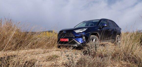 """Naujasis """"Toyota RAV4"""""""