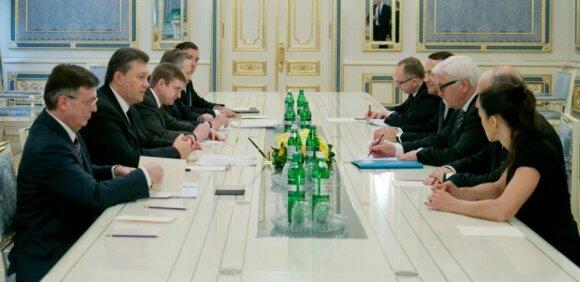 Po ilgų derybų – V. Janukovyčiaus sprendimas