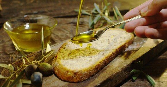Liaupsinamas alyvuogių aliejus nėra toks nekaltas: netinkamai naudodami, prisidarysite daug žalos