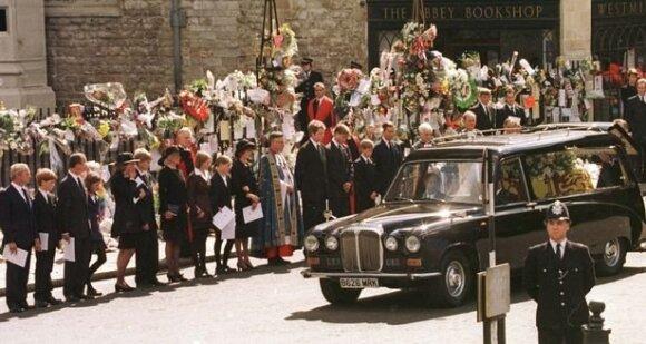 Princesės Dianos laidotuvės / Foto: Mirrorpix