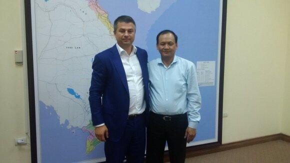 Gediminas Žiemelis su Vietnamo transporto viceministru