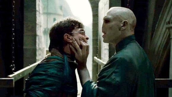 """Kadras iš filmo """"Haris Poteris ir mirties relikvijos 2"""""""