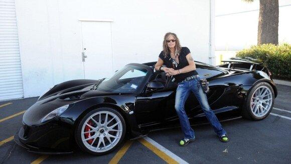 "S. Tyleris ir jo ""Hennessey Venom GT"""