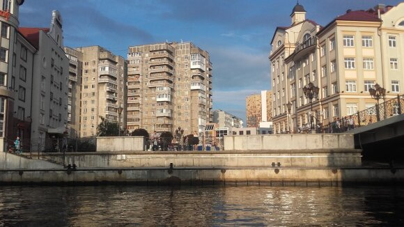 Kaliningrade lietuvį nustebino savo šalies valdžią kritikavęs taksistas: jam nusispjauti ant paprastų žmonių