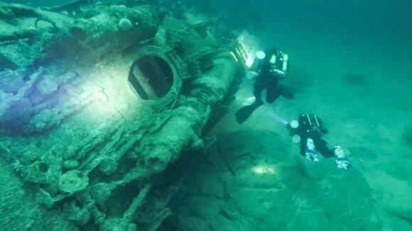 Nuskendęs nacių povandeninis laivas