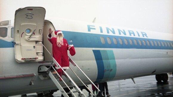 """""""Neste Lietuva"""" su """"Finnair"""" iš Laplandijos Lietuvos vaikams atskraidino Kalėdų senelį"""