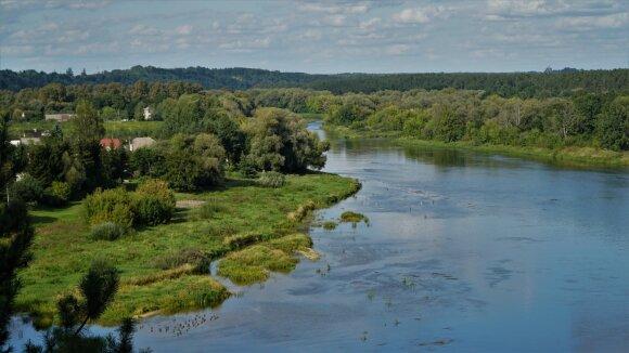 Neries upė ties Batėgala